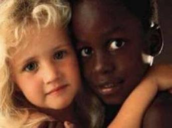 ண Si t'es raciste alors pourquoi tu cherches à bronzer ? ண