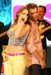 "12/08/12  Les Teen Angels participe à ""Un Sol Para Los Chicos"" un festival traditionel solidaire"