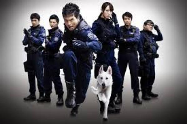 DOGxPOLICE : The K-9 Force / DOGxPOLICE : Junpaku no Kizuna (DOG×POLICE 純白の絆)