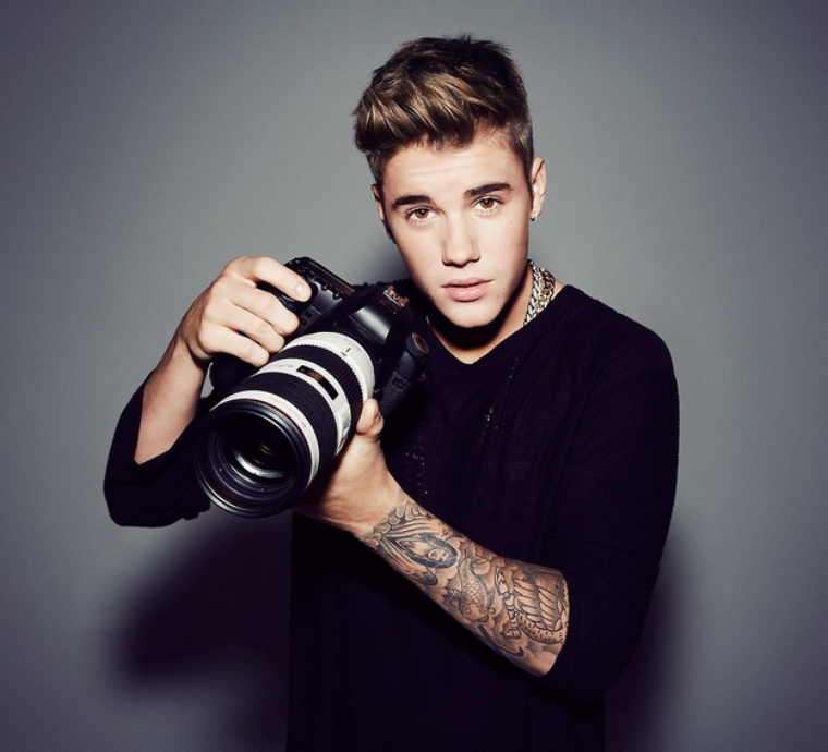 """""""Jugez moi sur ma musique , le reste je pense que sa ne regarde que moi..."""" -Justin BIEBER -"""