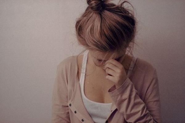 Chapitre quatre : Tu m'avais promis de ne jamais partir , mais où es tu maintenant ? ♥