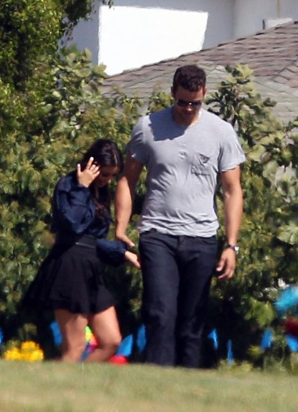 Kim & Kris at the Inglewood Cemetery (08/08)