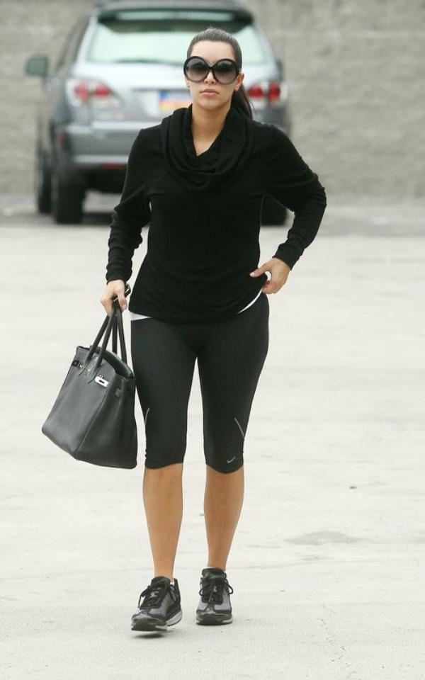 Kim heading to boot camp in L.A (08/11)