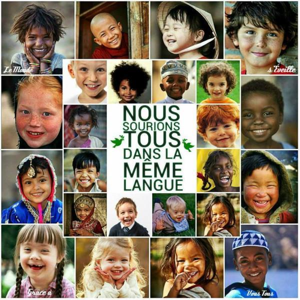 Pour la Paix c'est si beau un sourire , il se donne , il se rend  , il est universel .........vous pouvez prendre !!!