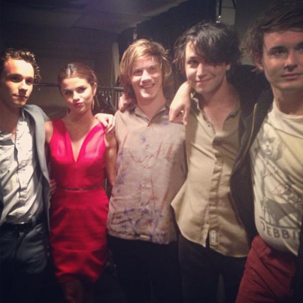 Selena Gomez  a Jimmy Kimmel .+ selena avec Palma Violets .