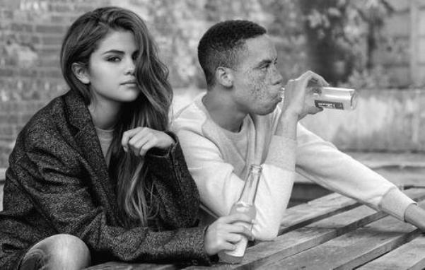 Un Outtake de iD Magazine photoshoot de Selena