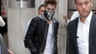 Justin Bieber : Il se prend pour Michael Jackson ? ( cet article a été pris sur un site )