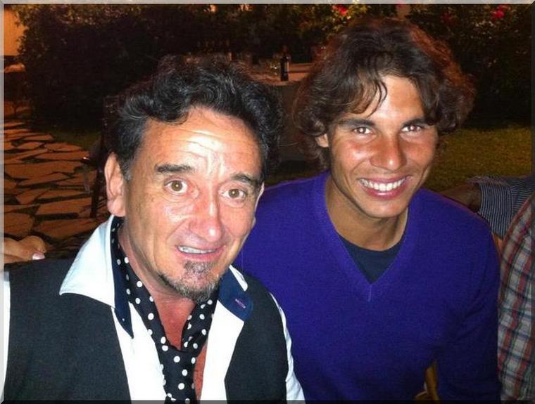 """25.03.12 : """" Hier soir, nous avons dîner à la maison d'un de nos amis, et nous avons eu le plaisir de rencontrer Florencio, le meilleur coupeur de jambon du monde !! :D"""""""