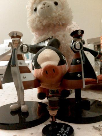 """""""Miss Alpaca et les figurines"""", ou """"Butin d'ue super journée"""""""