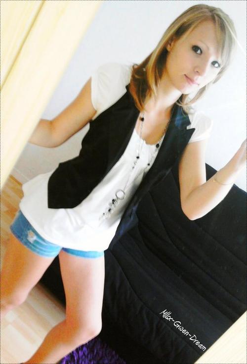 Mllsx Gwen Dream  Gwen ✖ 16 ans ✖ Célibataire  ✖ Aisne 02 ✖ ℒycéenne ✖ ███