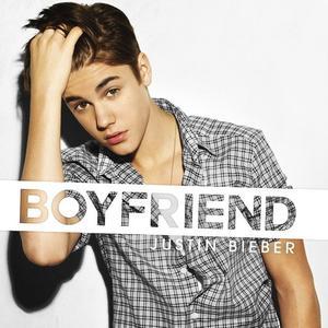 """20/03/12 : Justin quittant une école de danse + la pochette du single """"boyfriend"""" + les paroles de """"Boyfriend"""" + une nouvelle photo issue du photoshoot pour Boyfriend + Justin au téléphone avec NRJ le 26 mars !"""
