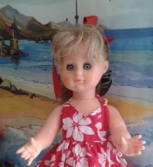 Emilie au bord de mer en Juillet 2007
