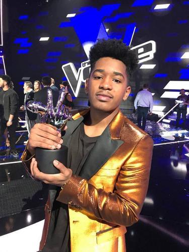 #DernièresMinutes : Le gagnant de The Voice saison 6 est Lisandro Cuxi !