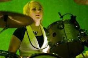 Skillet - Jen Ledger, la batteuse <3