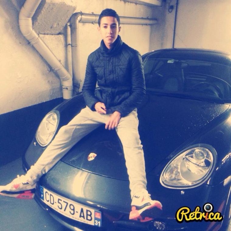 On rêve tous de rouler en Porsche Cayenne, ou d'éjaculer dans la gorge d'Ayem