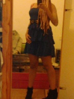 J'adore porter cette robe bleu :-)