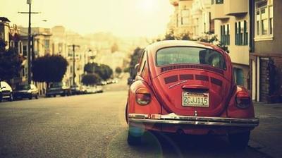 La voiture rouge