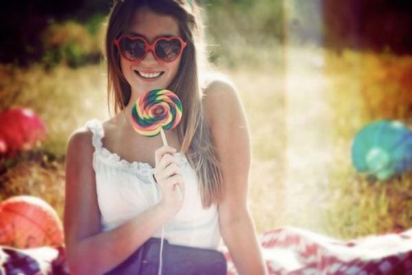 Même si la vie est courte, un sourire ne prend qu'une seconde.