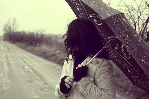 Je ne sais pas si tu réalises que t'arrives à me faire sourire juste en existant.. ♥