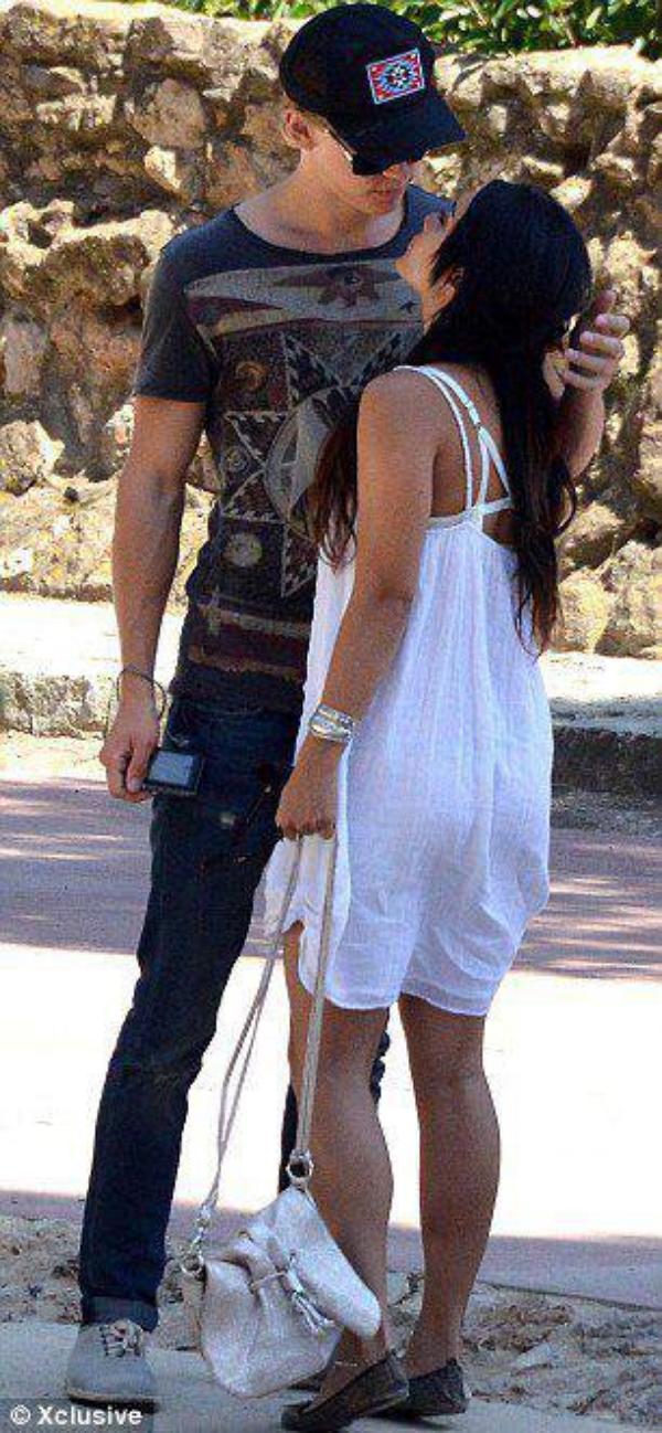Vanessa Hudgens et Austin Bulter a Barcelone