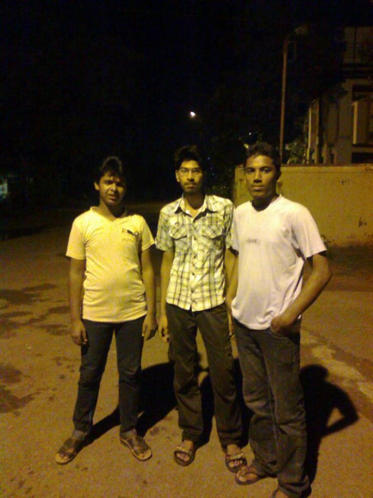 me in the right, and Mastan in right and Srikanth