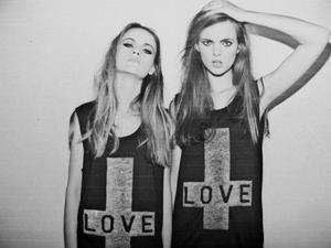Une meilleure amie, c'est une soeur que la vie a oublié de vous donner.