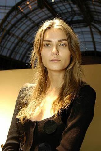 YEVGENIYA KEDROVA - Backstage Christian Dior - Spring 2006