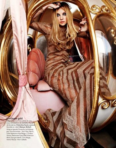 HEATHER MARKS - Elle France - Décembre 2011