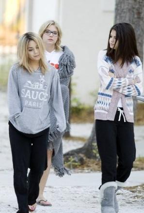 Ce 05-03-2012   Vanessa Hudgens devient blonde! pour le tournage du film spring breakers!