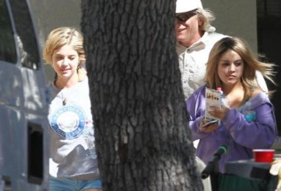 Vanessa sur le tournage de Spring Breakers! et une nouvelle photo personnelle de la miss!