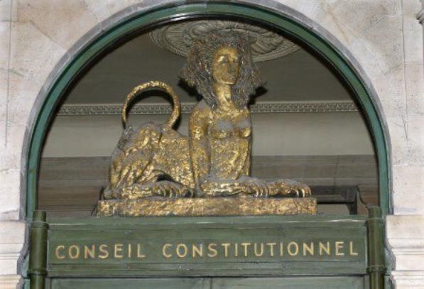 La Question de Constitutionnalité. Face à la Question Préjudicielle