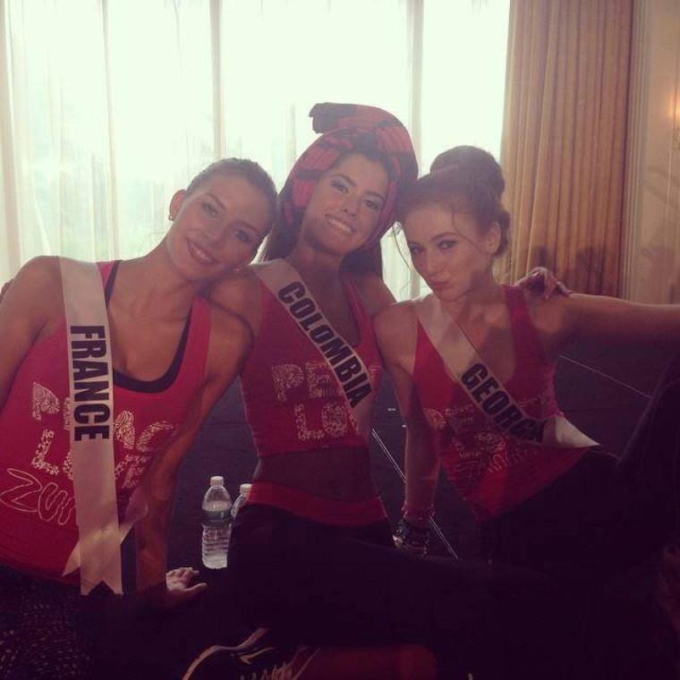 Cours de Zumba et Pompom Girl - Miss Univers 2014
