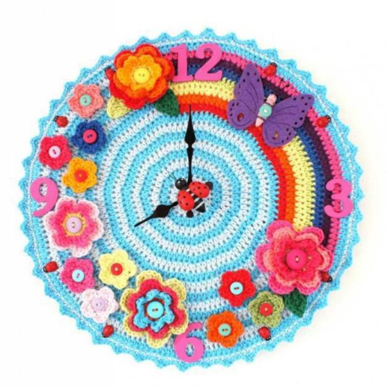 deco horloge crochet