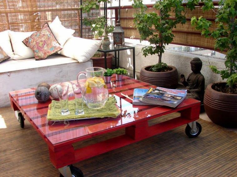 table rouge roulante pour jardin