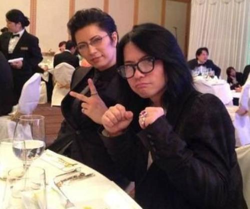 Hyde-sama et gackt-sama à un Mariage.... <3