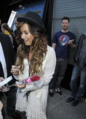 Le 19 septembre : Demi à était interviewée au Good Morning America à New York. TOP ou FLOP ?
