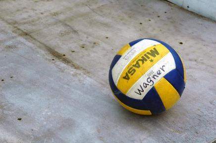 volley-ball together ♥