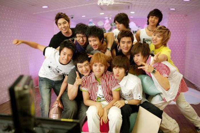 FANS FICTIONS / OS / MS : SUPER JUNIOR ♕