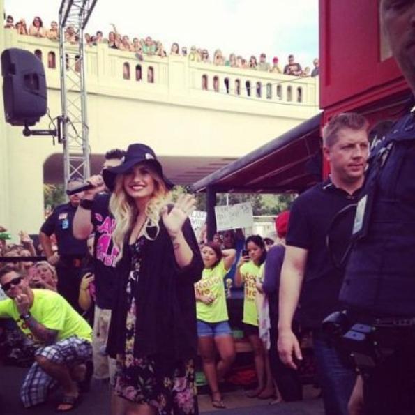 Demi Lovato sur 101,3 événement radiophonique KDWB, MN (28/08)