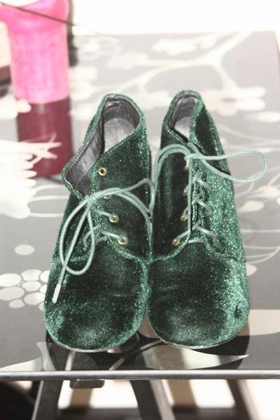 nouveautées: chaussures.