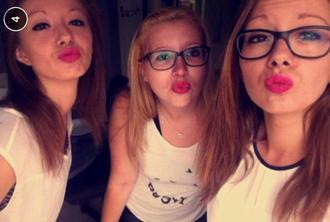 #` Elles `#