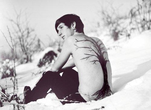 """"""" Tant que les pieds ont froids, le coeur reste chaud. """""""