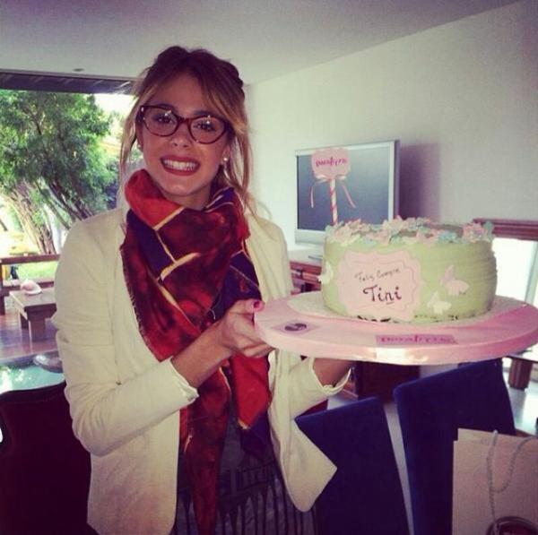 Tini a soufflée ces bougies !!! Moi c demain !!! ♥♥ Allez aussi voir le blog de Selena-tini-mode