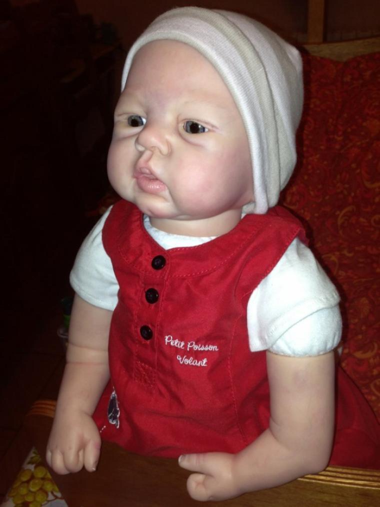 Lila bébé reborn réaliste baby poupée poupon  du kit SANDY FABER yeux en verre déjà adopté