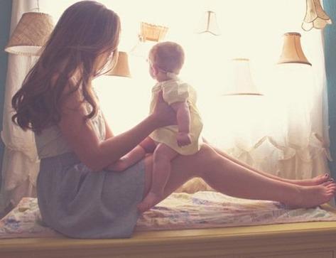 « Les parents croient toujours qu'il y sont pour quelque chose dans les qualités de leurs enfants. Pour ma mère en tout cas c'est simple : mes qualités c'est de l'hérédité, mes défauts c'est de l'acquis. ♥ » - Isabelle Minière -