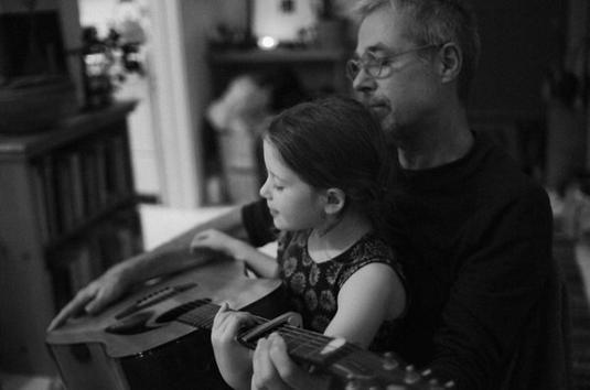 « Son père passait avant tout. Même avant les beaux gosses. ♥ » - Jana Oliver -