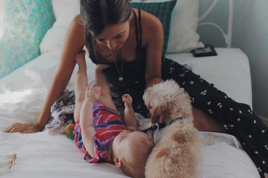 « Je suis une mère : Mon devoir est de protéger mes enfants, quel qu'en soit le prix. ♥ » - Ali Knight -