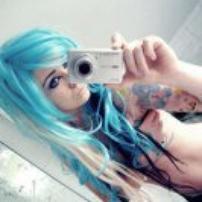 Les cheveux bleu (2)