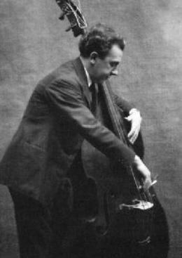 Compositeur et contrebassiste : Edouard Nanny