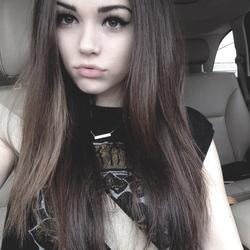 Girl N° 1